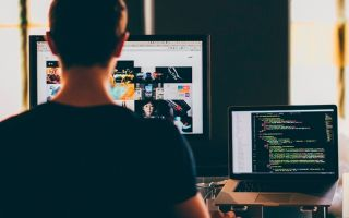 Сколько составляет зарплата программиста?