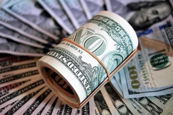 Средняя и минимальная зарплата в США в 2020-2021 годах