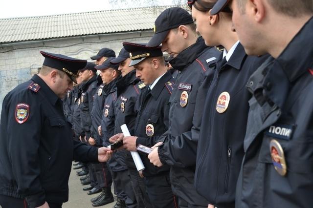 Зарплата полиции и сотрудников МВД в России в 2019-2020 годах