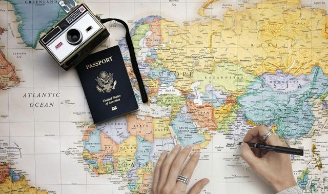 Загранпаспорт для ребенка до 2 лет: нужен ли он в 2020 году, документы для оформления