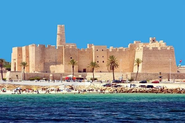 Безопасность отдыха туристов в Тунисе: можно ли ехать в страну