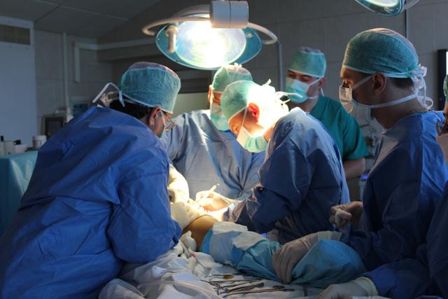 Средняя зарплата хирурга в Москве, Санкт-Петербурге и других городах России