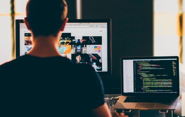Зарплата программиста в Москве и других городах России