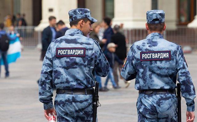 Зарплата военнослужащих в России в 2020 году: таблица по званиям